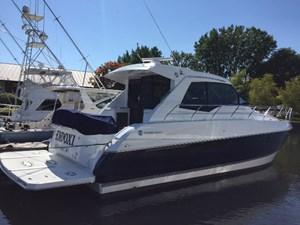 Cruisers Yachts 48 CANTIUS 2015