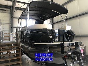 Escape Pontoons 2400 ESCAPE RT TWIN F/C 2018