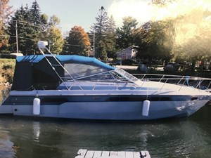 Chris-Craft 1987 Chris-Craft Amerosport 320 1987