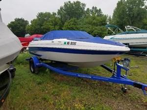 Glastron GT 185 2013
