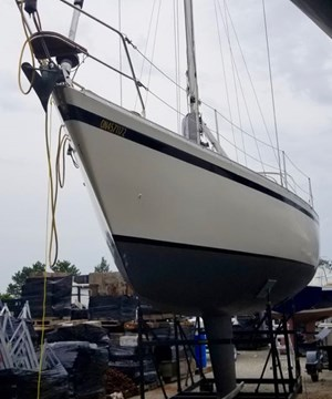 CS Yachts CS 36 Traditional 1984