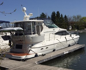 Cruisers Yachts Fybridge Cruiser 4450 2002