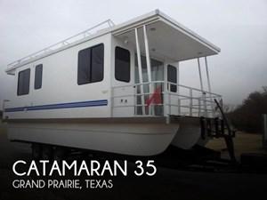 Catamaran Cruisers 2013