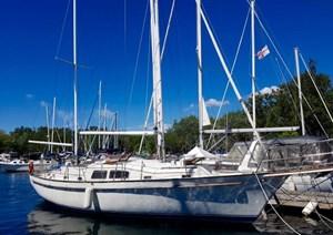 Irwin Yachts and Marine Corp, USA Irwin 42 cutter ketch 1977