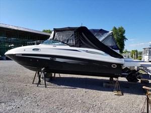 Sea Ray 260 Sundeck 2011