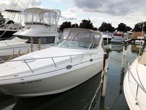 Cruisers Yachts 2870 EXPRESS 2000