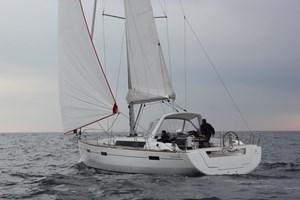 Beneteau Oceanis 45 2018