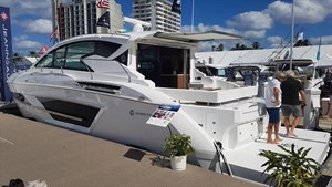 2019 Cruisers Yachts 46 Cantius Photo 1