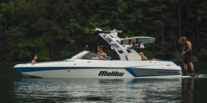 2019 Malibu 22 MXZ Photo 1