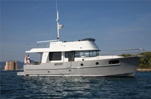 2019 Beneteau Swift Trawler 44 Photo 1