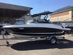 2018 Bayliner VR5 Bowrider Photo 1