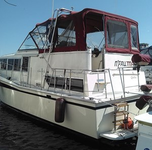 Chris-Craft Catalina Power Boats for Sale - Page 1 of 2