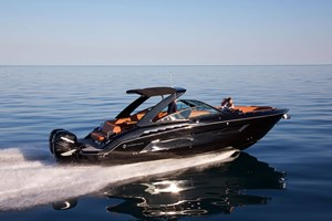 2022 Cruisers Yachts 338 Outboard