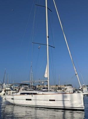 2019 Dufour Yachts 460