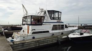 1987 Marine Trader 47