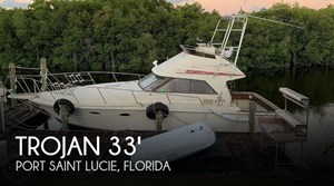 1982 Trojan 10 Meter International Sedan Flybridge