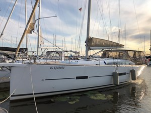2016 Dufour Yachts Grand Large 460