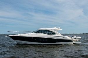 2013 Cruisers Yachts 45 Cantius