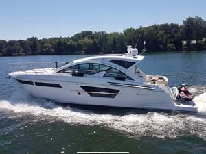 Cruisers Yachts 54 Cantius 2017