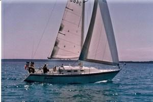 1984 CS Yachts 33
