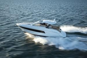 2022 Cruisers Yachts 390 EC