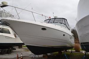 2003 Cruisers Yachts 3772