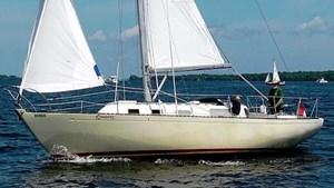 1978 Hullmaster 31 Sloop
