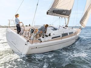 2022 Hanse Yachts 348