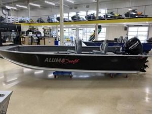 2021 Alumacraft Voyageur 175 Tiller