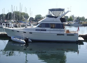1989 Bayliner 3888 Motor Yacht