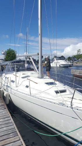 2000 Beneteau Oceanis 381