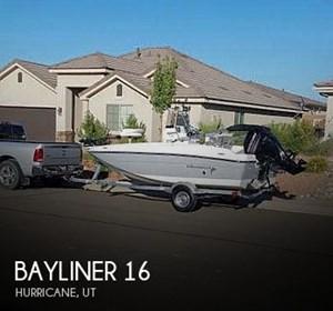 2017 Bayliner Element F16