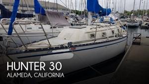 1979 Hunter 30
