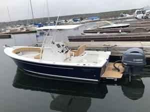 2019 Vanquish 23 Bristol Harbour Series