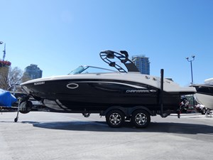 2018 Chaparral 246 SSI Deluxe