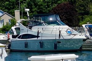 2004 Carver 360 Mariner