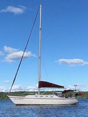 1985 CS Yachts 36 Sloop
