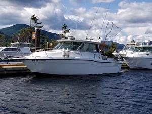 2000 Seaswirl Striper 2600SC Alaska Cabin