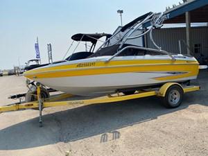 2011 Glastron GT 185