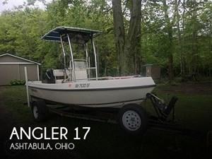 2006 Angler 17