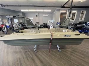 2019 Pelican Bass Raider 10E/W