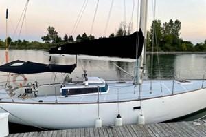 1982 Erin Boat Works Inc Chaser 39