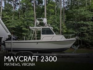 1996 Maycraft Pilot House 2300
