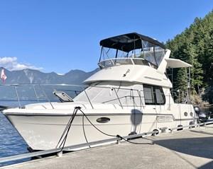 1999 Carver 326 Motor Yacht