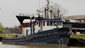1954 1954/1995 80′ x 20′ Russel Brothers 1000hp Tug
