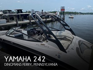 2017 Yamaha 242 Limited S