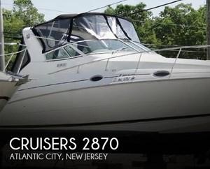 2001 Cruisers Yachts 2870 Express