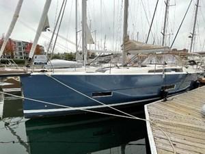 2021 Dufour Yachts 430