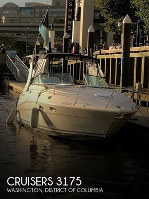 1996 Cruisers Yachts 3175