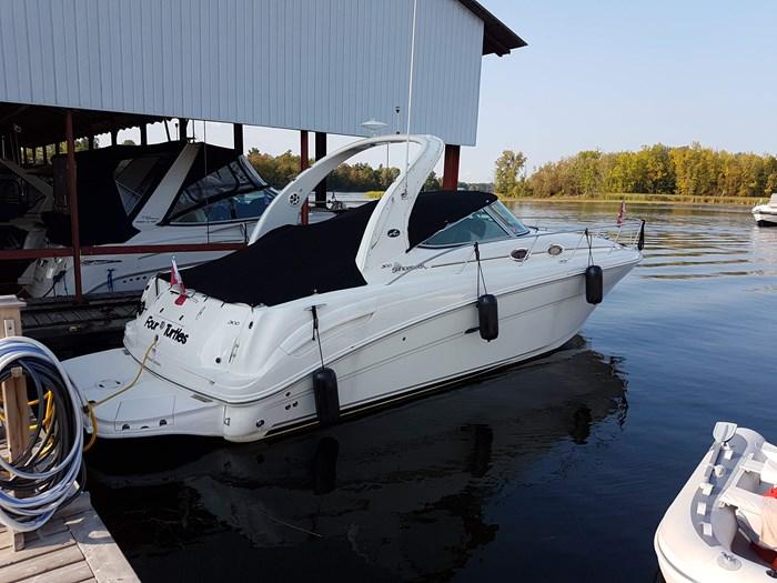 Sea Ray 300 Sundancer 2006 Used Boat for Sale in Oakville, Ontario -  BoatDealers ca